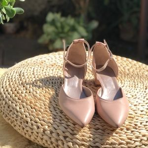 AGL🌷light blush ankle strap shoes Sz 10